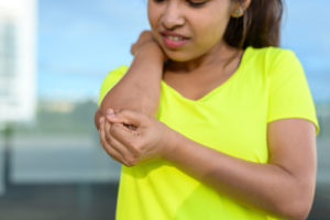 young-woman-elbow-injury